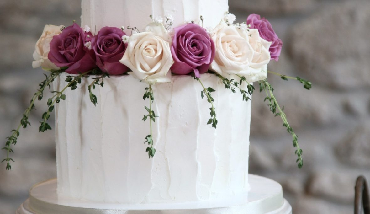 Buttercream 2 tier wedding cakes