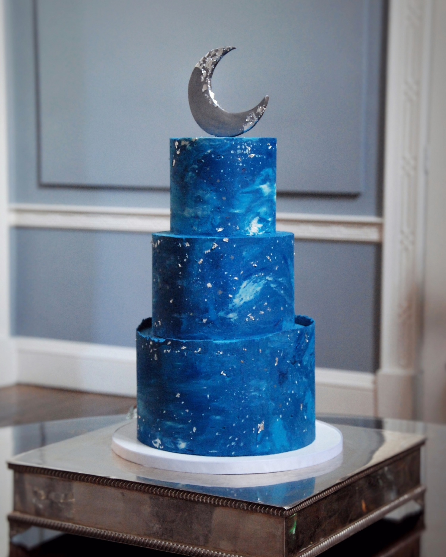 Night sky and stars wedding cake