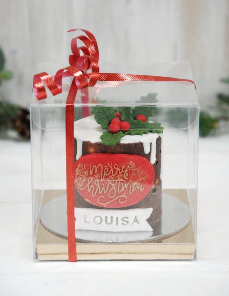 Mini Christmas cake in box