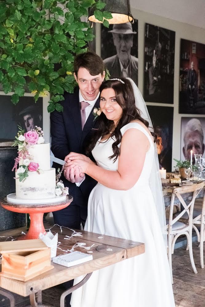 Cake cutting two tier cake